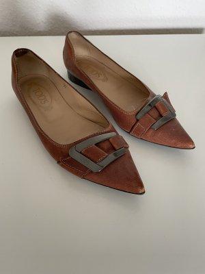 Tods Bailarinas con punta marrón-coñac Cuero