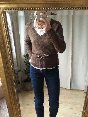 Schicker weicher Pullover mit V-Ausschnitt zum Binden