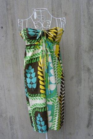 Schickes Bandeau-Sommerkleid