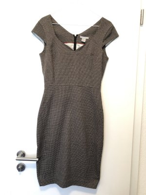 Schickes Businesskleid