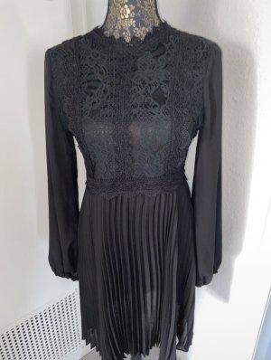 Schickes Damen Kleid in Größe M