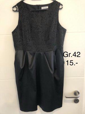 Schickes edles Abendkleid Gr.42 nur 8.-