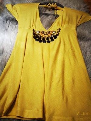 schickes gelbes Top mit Perlen