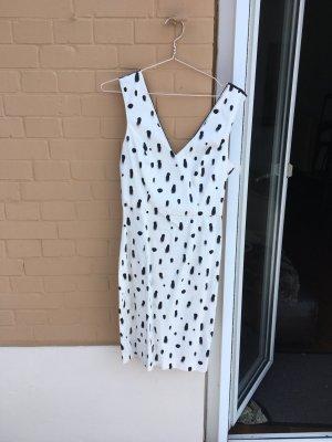 Schickes Kleid cocktailkleid schwarz weiß Muster Business power