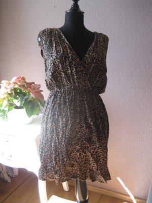 Schickes Kleid mit Animalprint