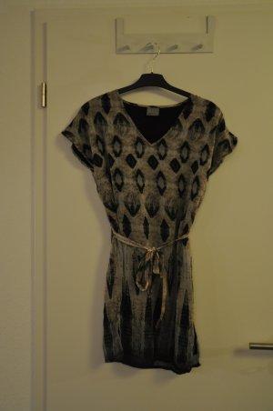 Schickes Kleid mit Print