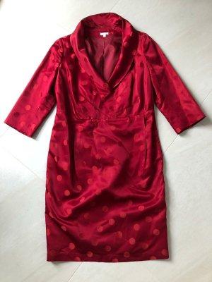 schickes Kleid mit Punkten, Gr. 40