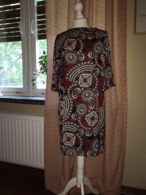 Schickes Kleid mit schönem Muster, auch als Tunika gut tragbar