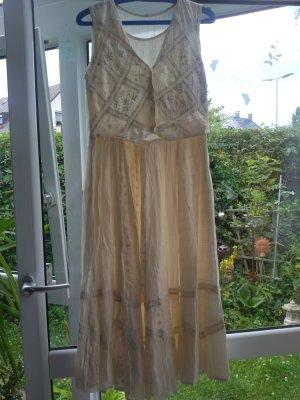 Schickes Kleid mit Stickereien Grösse 38 - Neu