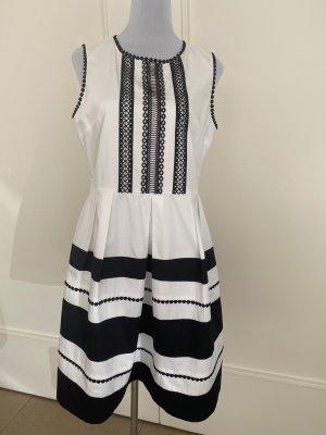 Schickes Kleid von 1.2.3 Paris