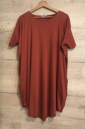 Schickes Kleid von COS