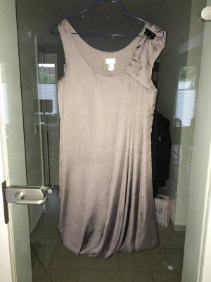 Schickes Kleid von h&m, Größe 36, grau