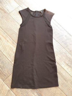 Schickes Kleid von MNG