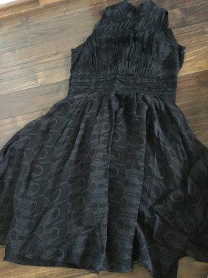 Schickes Kleid von Zara