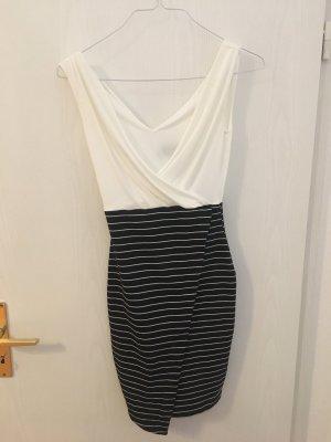 Schickes Kleid, weiß und Nadelstreifen von Lipsy