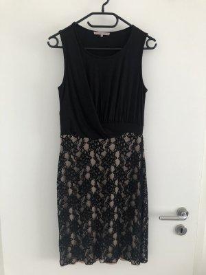 Schickes Kleidchen von Anna Field
