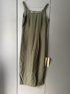 Schickes langes Kleid