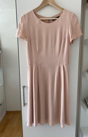 Schickes Minikleid in Rosé