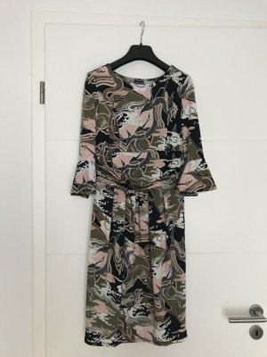 Schickes, pflegeleichtes Jerseykleid