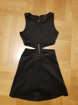 Forever 21 Vestido cut out negro