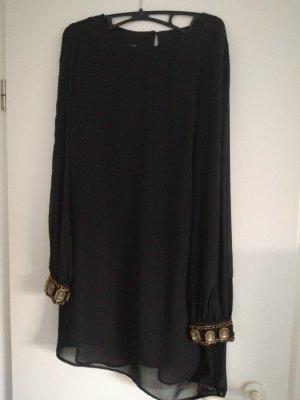 Schickes schwarzes Kleid