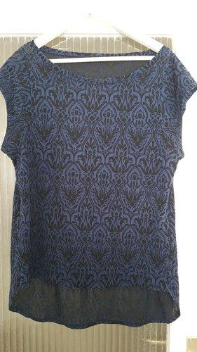 schickes Shirt von Sisley mit Barockmuster