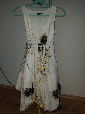 Schickes Sommerkleid Gr M (36/38)