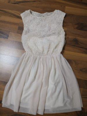 schickes süßes Kleid