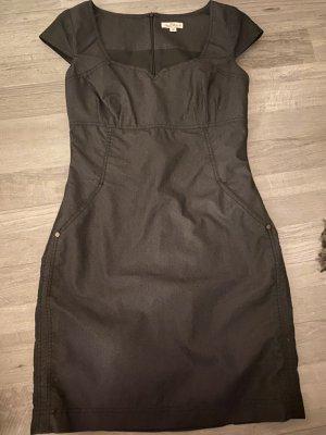 Schickes und stylisches Kleidchen , s.Oliver, Größe  38