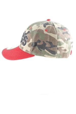 Schirmmütze Camouflagemuster Street-Fashion-Look