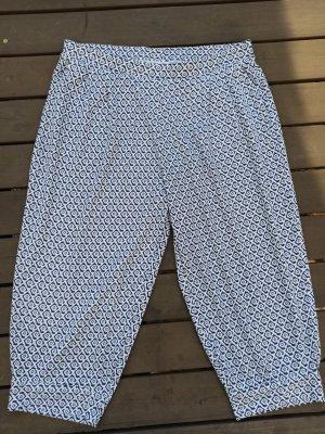 Pyjama blanc-bleu foncé