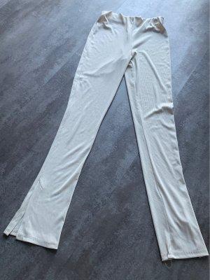 new collection Dzwony kremowy-w kolorze białej wełny