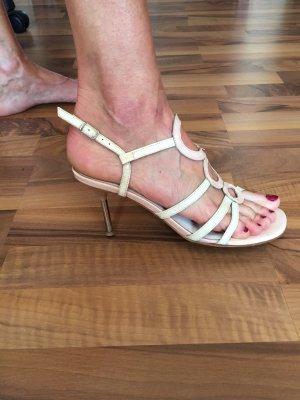 schlanke elegante Knautschlack-Leder High-Heel-Sandalette
