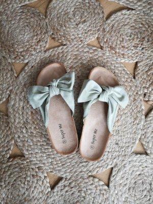 Asos Wygodne sandały szaro-zielony-bladozielony