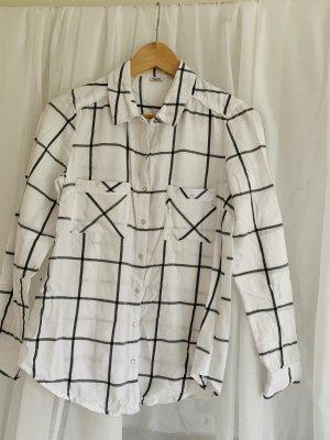Schlichte Bluse, schwarz weiß, Druckknöpfe