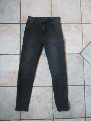 schlichte Highwaist Jeans