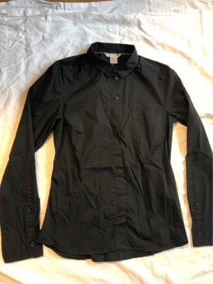 Schlichte schwarze Bluse von H&M