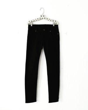 schlichte schwarze jeans • denim • vintage • skinny