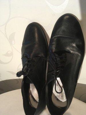 Tamaris Zapatos Oxford con puntera negro Cuero