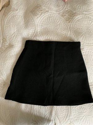 schlichter schwarzer Rock Zara