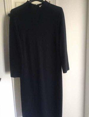 Schlichtes Kleid von Betty Barclay