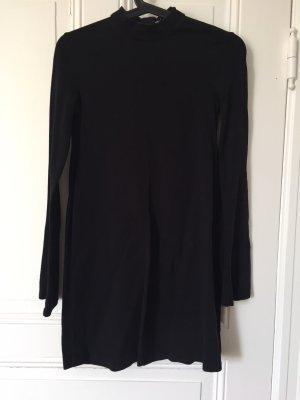 Schlichtes Kleid von Zara