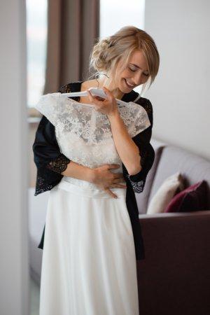 Schlichtes und schickes Hochzeitskleid Gr. 34/36