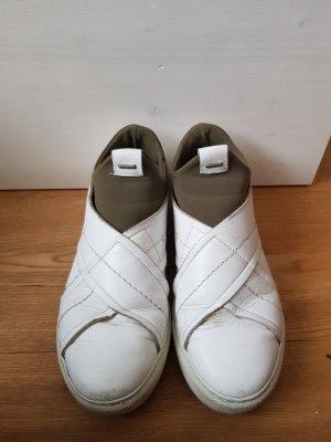 Schlüpfsneaker