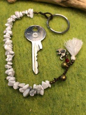 Schlüsselanhänger Halbedelsteine Howlith Glöckchen Mini Elefant 21,5 cm