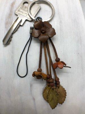 Schlüsselanhänger Handyschmuck Leder Blüte 2,7cm braun 12 cm Länge