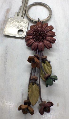 Schlüsselanhänger Leder Blüte 3 cm braunrot 12 cm Länge