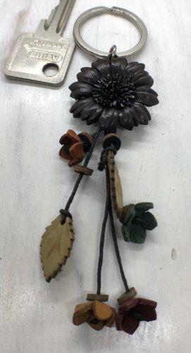 Schlüsselanhänger Leder Blüte 3 cm dunkelbraun 12 cm Länge