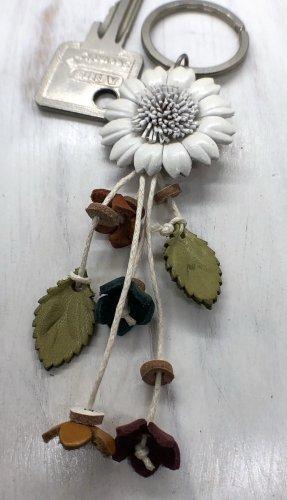 Handmade Breloczek do kluczy biały Skóra