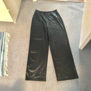 Schlupf-Hose schwarz glänzend gerade geschnitten Grösse M von Kim & Co. - selten getragen